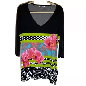 Nygard Women's Tunic Top Size 1X Floral 3/4 Sleeves V-Neck Casual Dressy